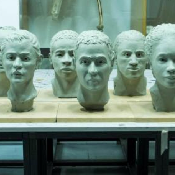 New York art students mold clay into faces of city's nameless