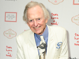 'It's Very Three-Dimensional': Tom Wolfe, Artist, Sizes Up his Theme-Appropriate Drawing at Take Home a Nude